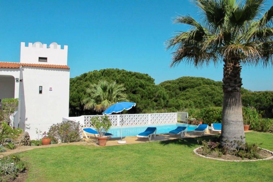 Ferienhaus mit Pool (VDL100)