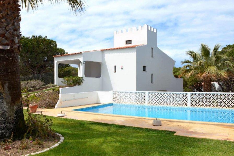 Villas In Vale De Lobo Clickstay Holiday Rentals