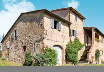 5 bedroom Villa for rent in Bucine