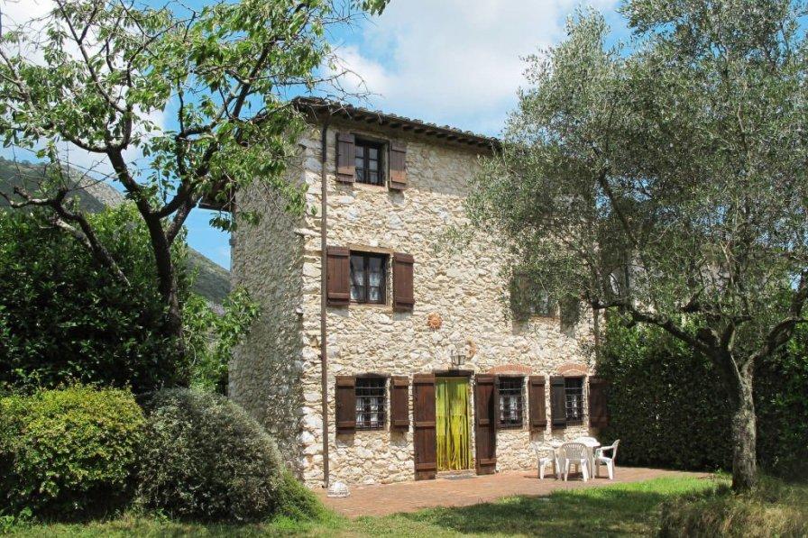 Villa in Italy, Lucca