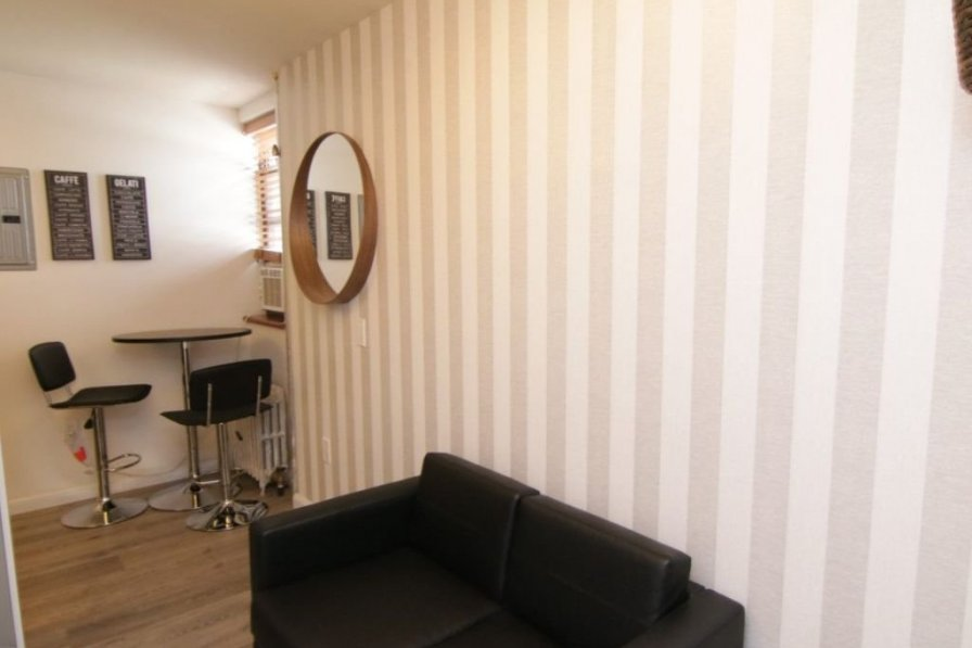 2 Bedroom Renovated Apartment , Center of Little Italy
