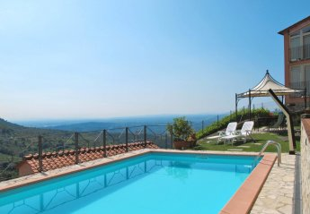 1 bedroom Villa for rent in Capannori