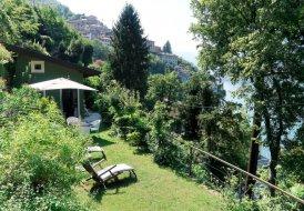 Villa in Nesso, Italy