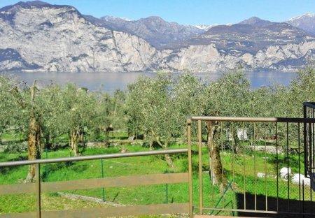 Villa in Malcesine, Italy