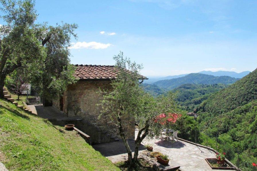 Villa in Italy, Pescaglia