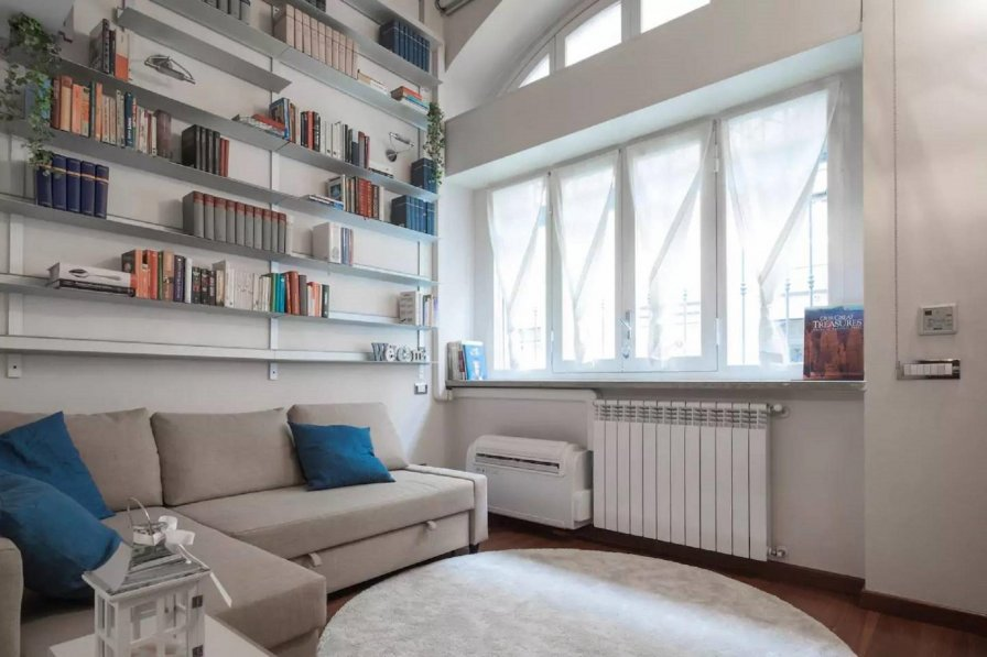 Apartment in Italy, Milan