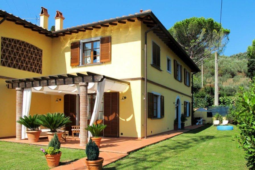 Villa in Italy, Pugnano