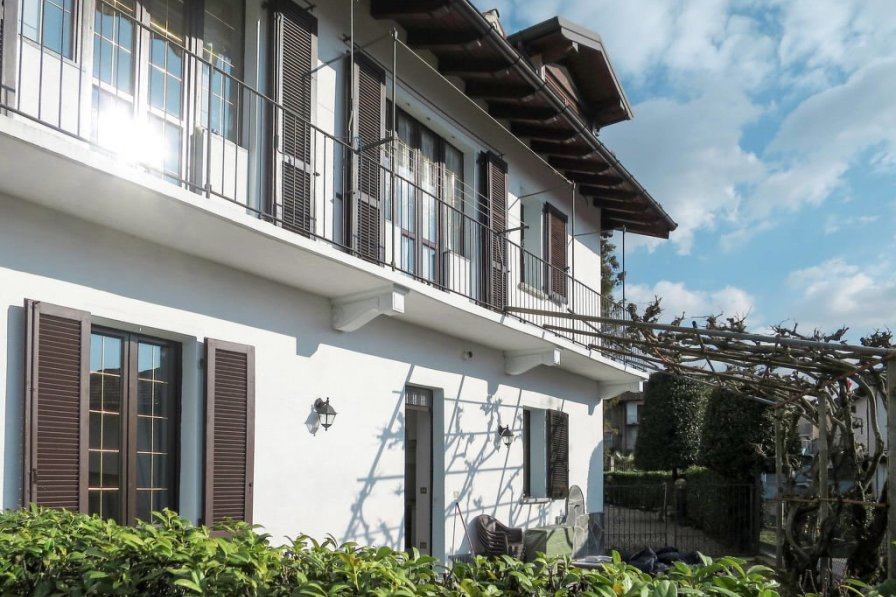 Apartment in Italy, Luino