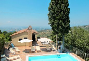 6 bedroom Villa for rent in Vinci