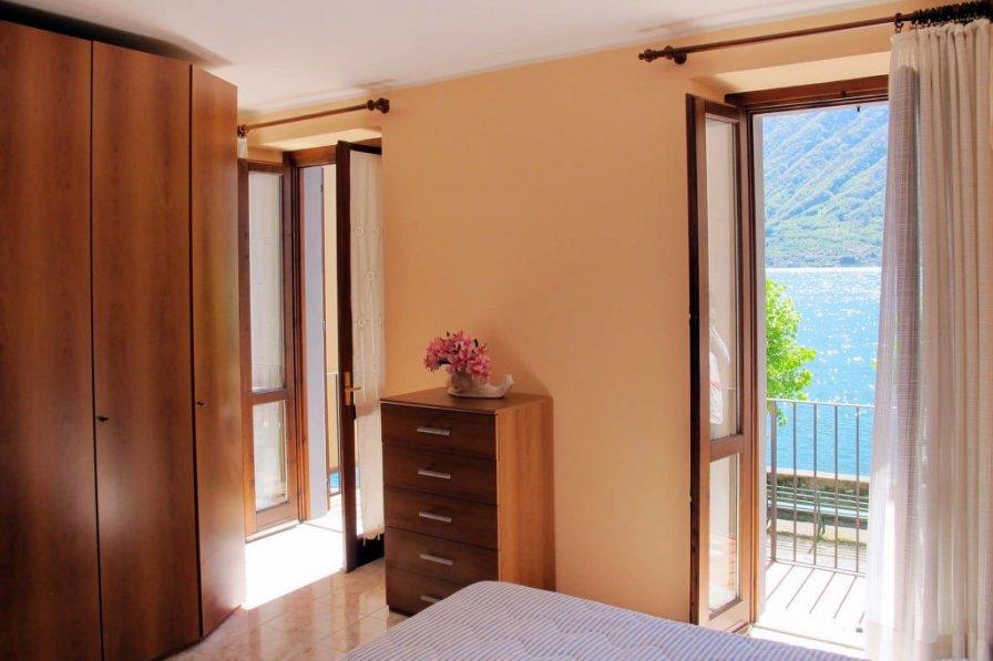 Villa in Italy, Colonno