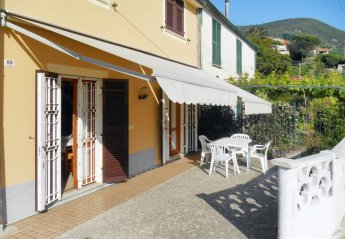 2 bedroom Villa for rent in Moneglia