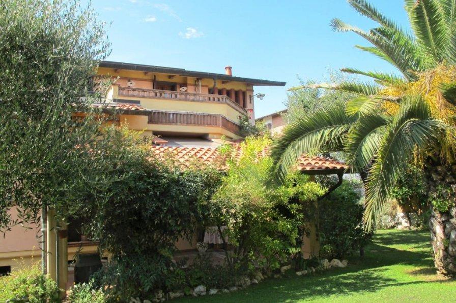 Apartment in Italy, Massa