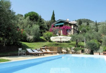 4 bedroom Villa for rent in Massarosa