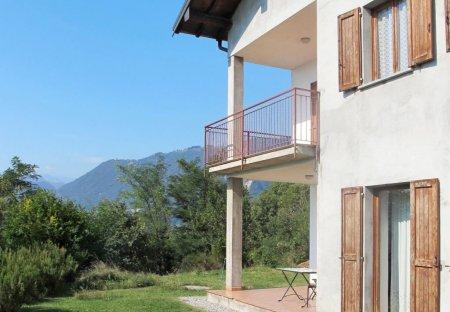 Villa in Prati Meriggi, Italy