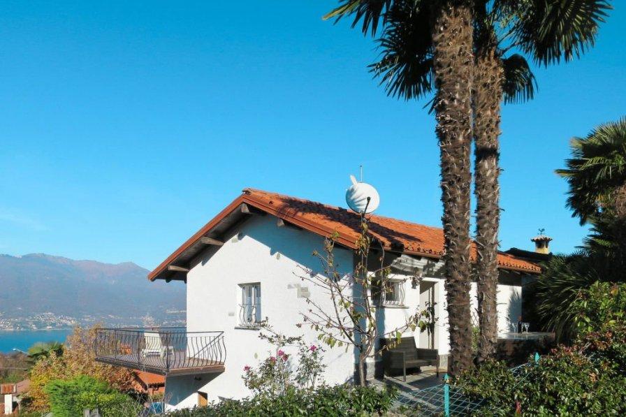 Villa in Italy, Porto Valtravaglia