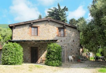3 bedroom Villa for rent in Pescaglia