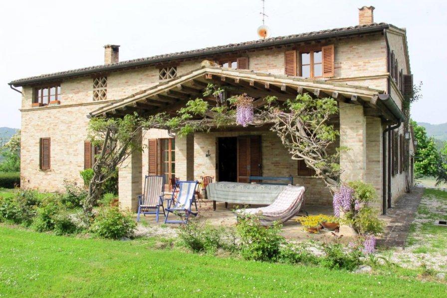 Villa in Italy, Urbino