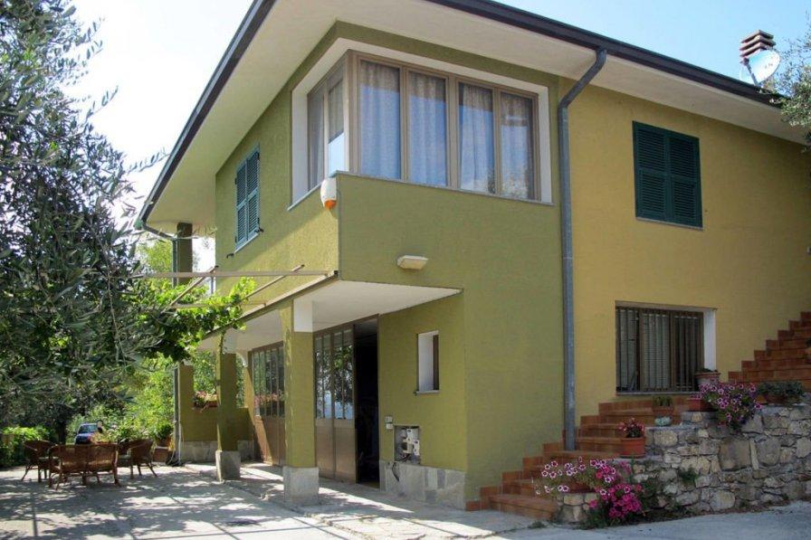 Villa in Italy, Vallebona