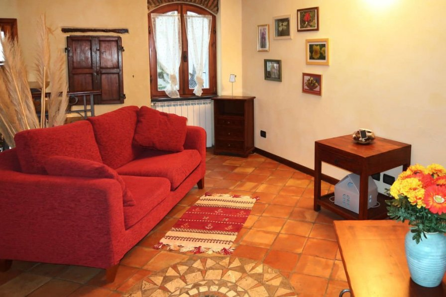 Villa in Italy, Caravonica