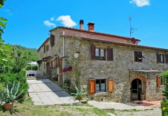 3 bedroom Apartment for rent in Dicomano