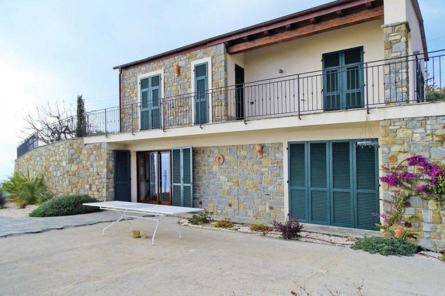 Villa in Italy, Costarainera