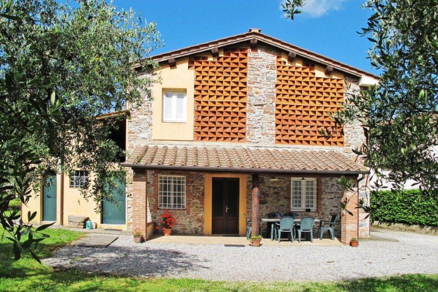 Villa in Italy, Capannori