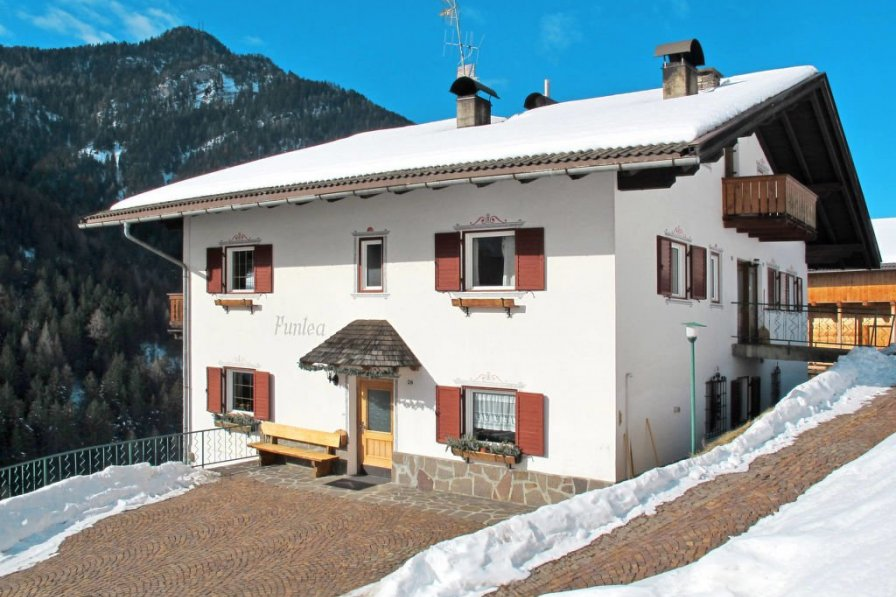 Apartment in Italy, Santa Cristina Valgardena