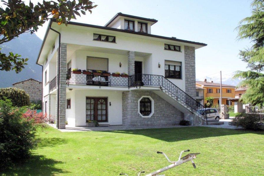 Apartment in Italy, Giumello
