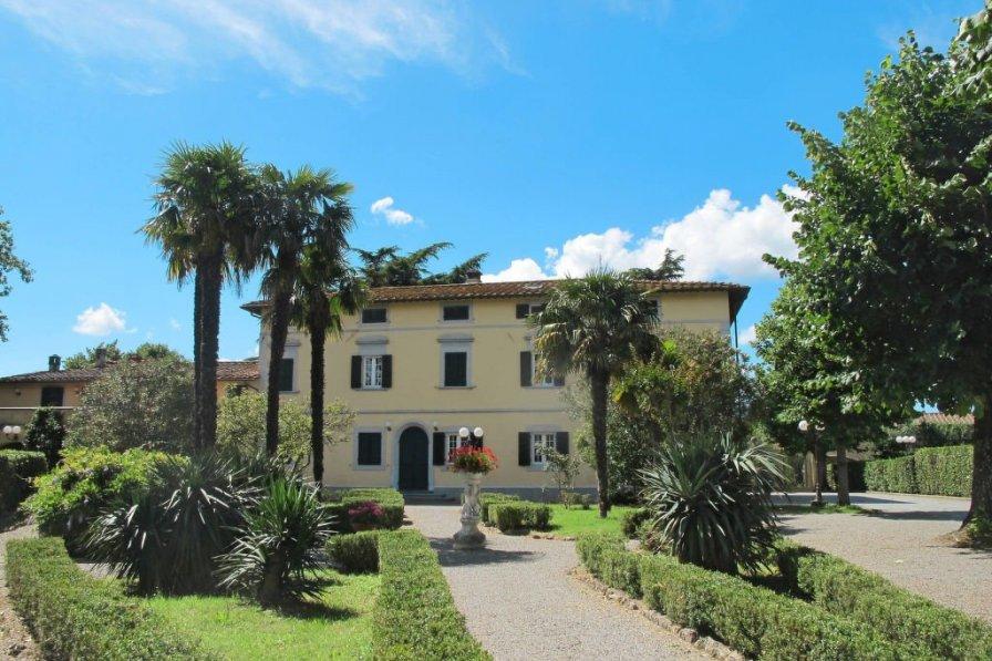 Villa in Italy, Bientina