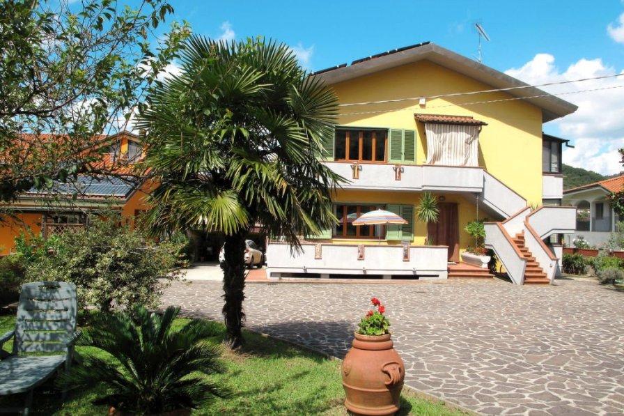 Apartment in Italy, Massarosa