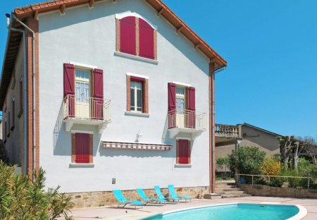 House in Lacapelle-Ségalar, the South of France