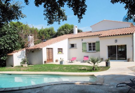 Villa in Eyragues, the South of France