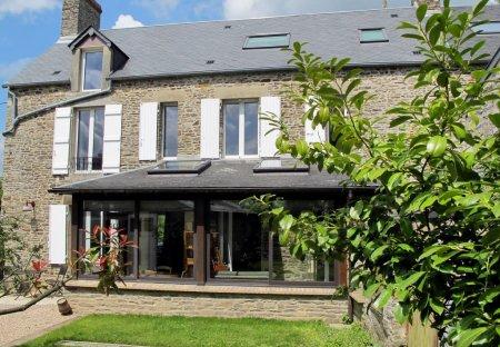 House in Les Moutiers-en-Cinglais, France