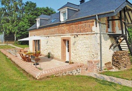 House in Bréauté, France