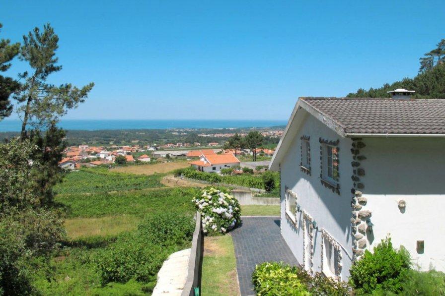 Villa in Portugal, Belinho