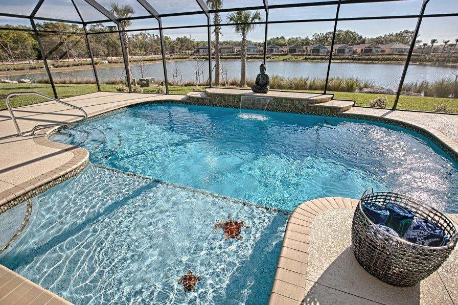 Waterfront Pool Home. 3 bedroom House, 3155 Warbler Loop