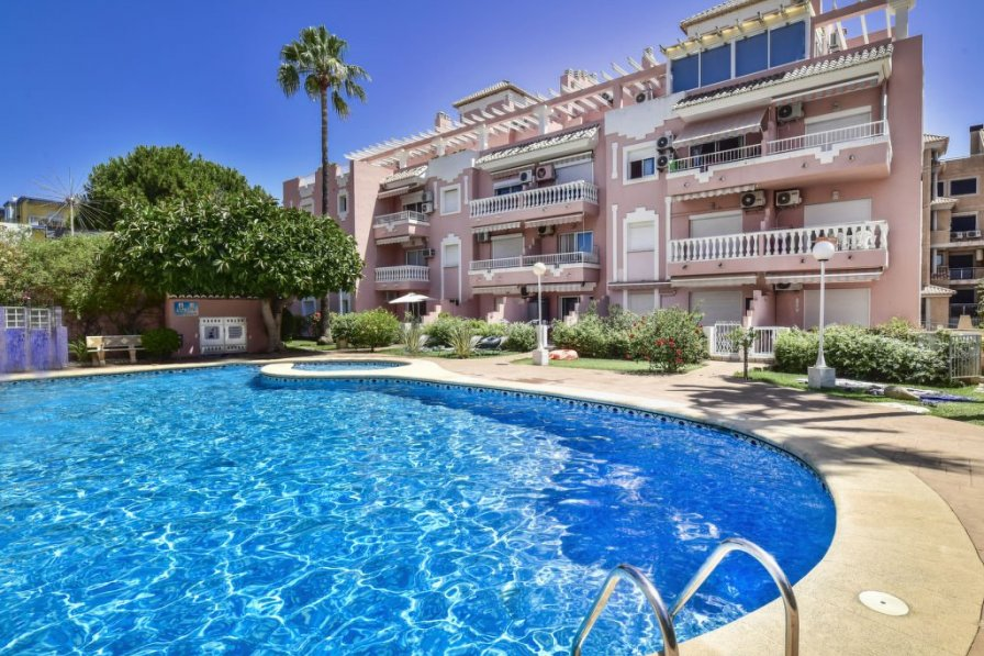 Apartment in Spain, Marines