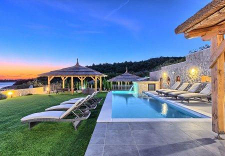 Villa in Jezera, Croatia
