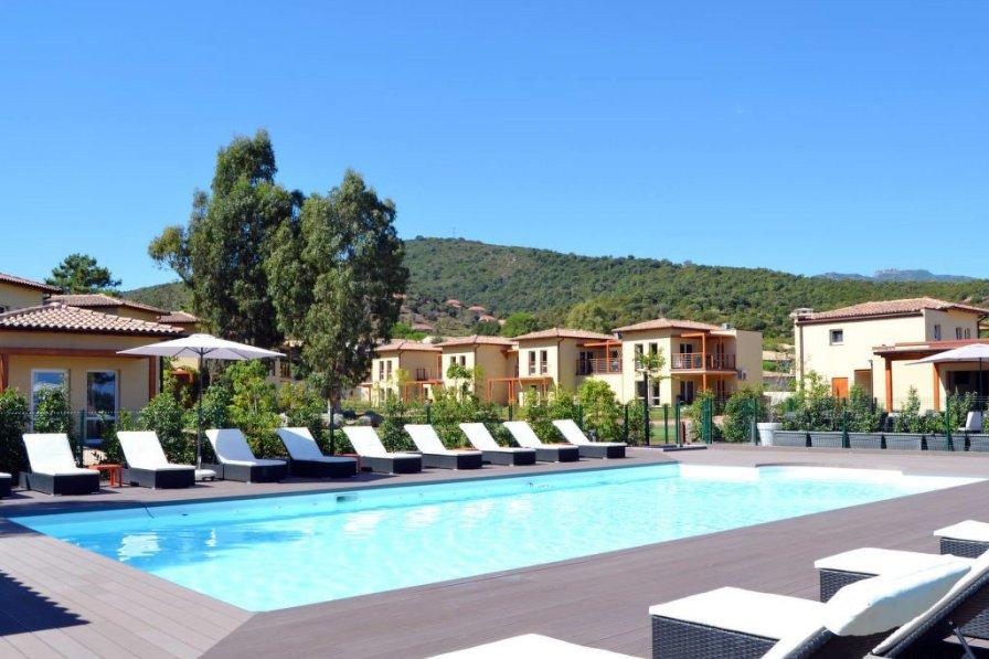 Apartment in France, Conca