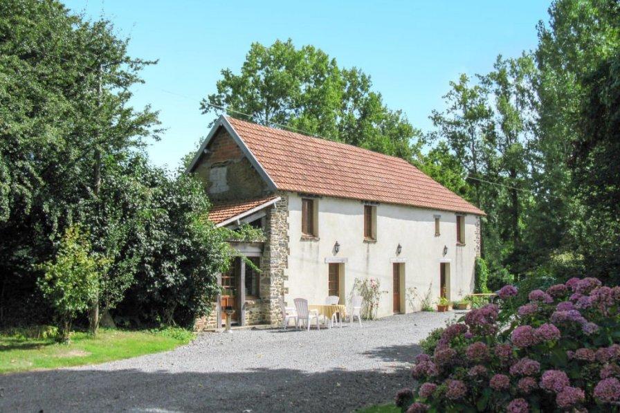 House in France, Savigny