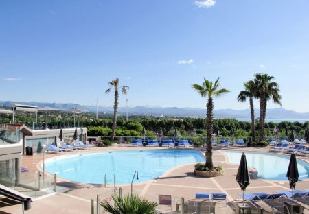 Apartment in Azurville-Val Claret, the South of France