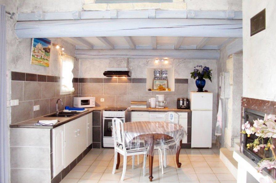 House in France, Valréas