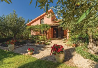 4 bedroom Villa for rent in Menfi