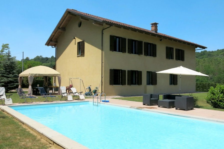 Villa in Italy, Ferrere