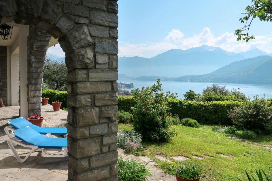 Villa in Italy, Azzano