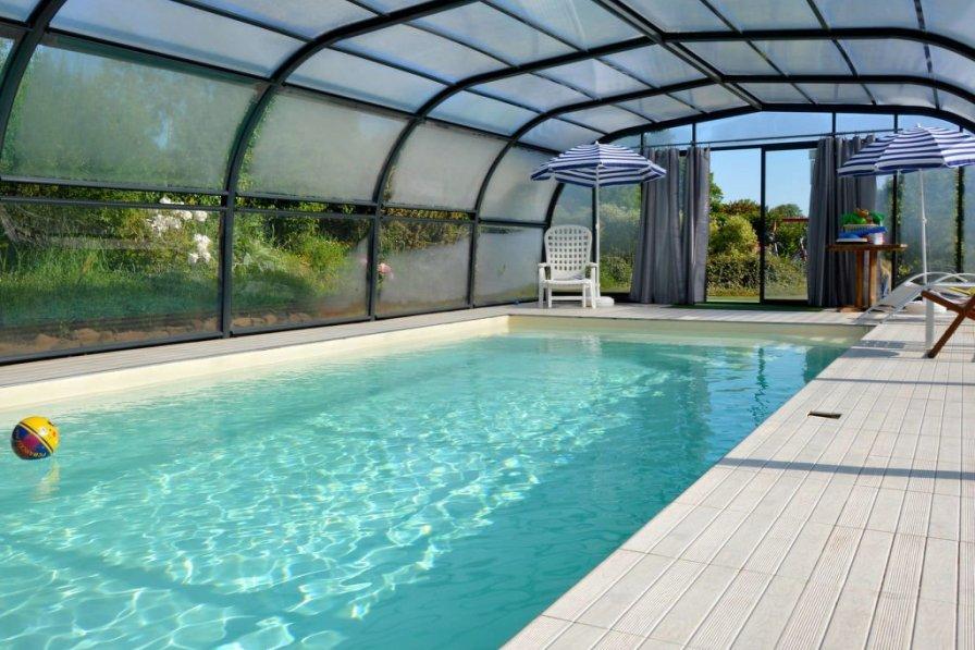 Ferienhaus mit Pool (LCF100)