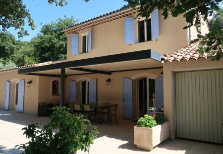 Villa in Villelaure, the South of France