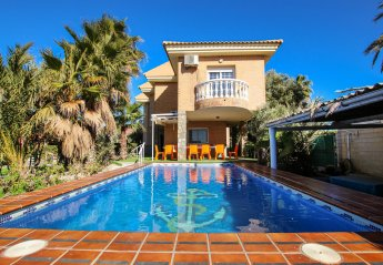 7 bedroom Villa for rent in La Manga Del Mar Menor