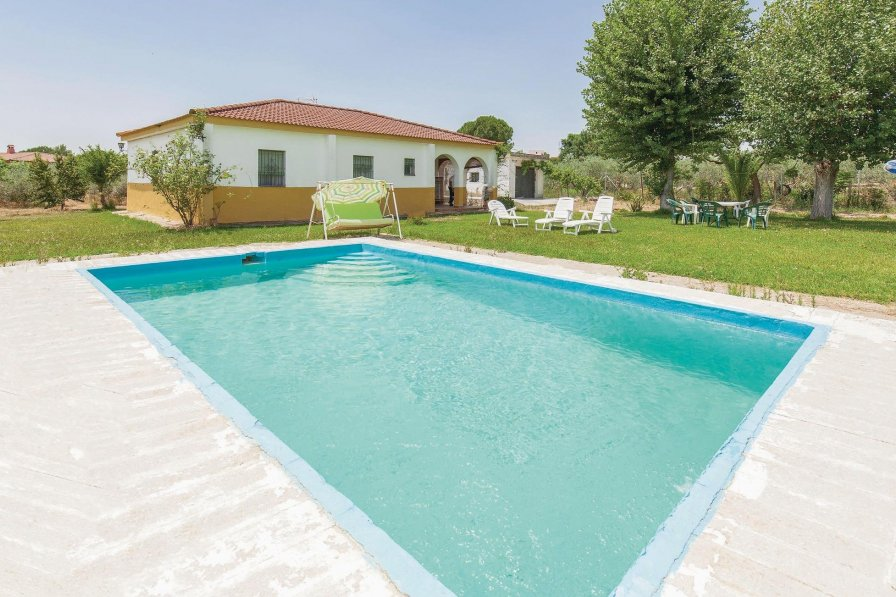Villa To Rent In Sanl 250 Car La Mayor Spain With Swimming