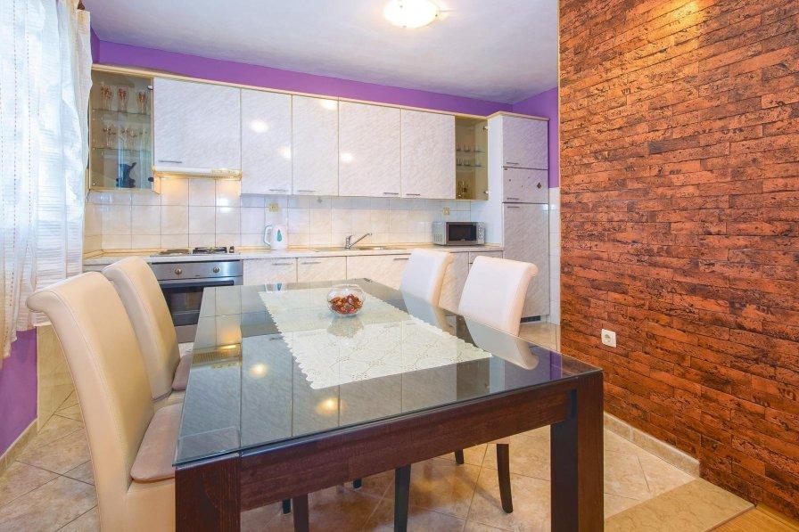 Apartment rental in Podstrana